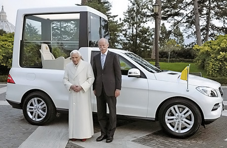 Mercedes-ML-PopeMobile