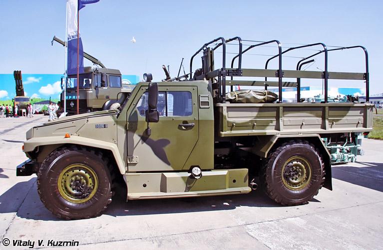 VPK-3927_Volk_armored_vehicle-2