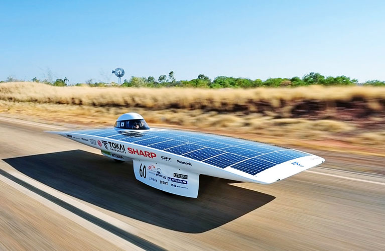 avtomobil-na-solnechnoj-energii