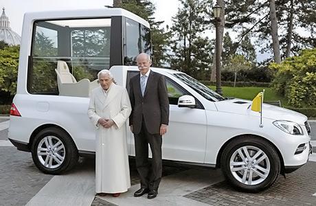 Mercedes-ML-PopeMobile