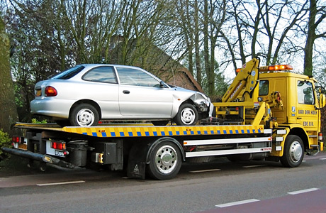 towing_the_car