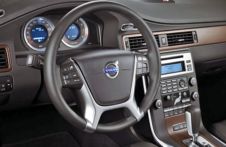 On_call_Volvo_S80