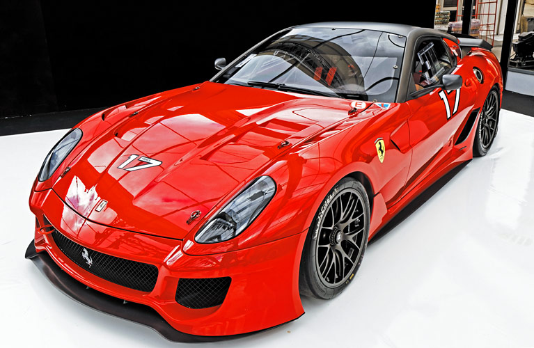 Ferrari_599XX_2